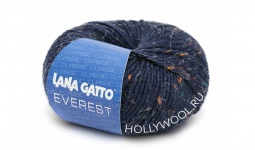 Lana Gatto Everest